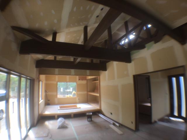 高台に建つ木造住宅6
